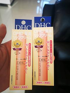 天猫国际购买的进口DHC橄榄润唇膏