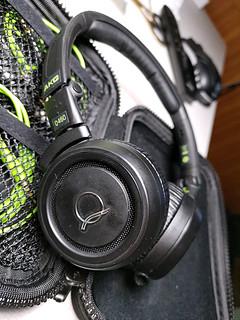 AKG头戴耳机 Q460晒物