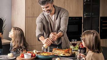 家用蒸烤箱一体机选购指南,选台式还是嵌入式?