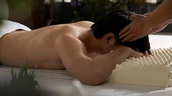 罗莱家纺和同济大学联合推荐——小蛮妖乳胶枕,旨在解决颈椎亚健康问题