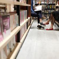资讯|疫情期英国长篇小说销量猛涨,史蒂芬金:终于有空读《尤利西斯》