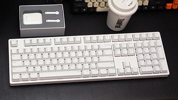 外设Show 篇二十八:一个十年坚持用Cherry轴的品牌,ikbc W210 2.4G无线机械键盘开箱