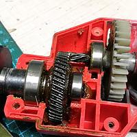更换手电钻夹头更换——延长老机器的使用寿命