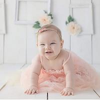 育儿园:母乳还是奶粉喂养、宝宝每天喝多少奶、纸尿裤囤多少片?照顾宝宝需要注意的二三事