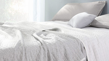 水星家纺夏凉被上新:冷感两用可机洗,99元起。