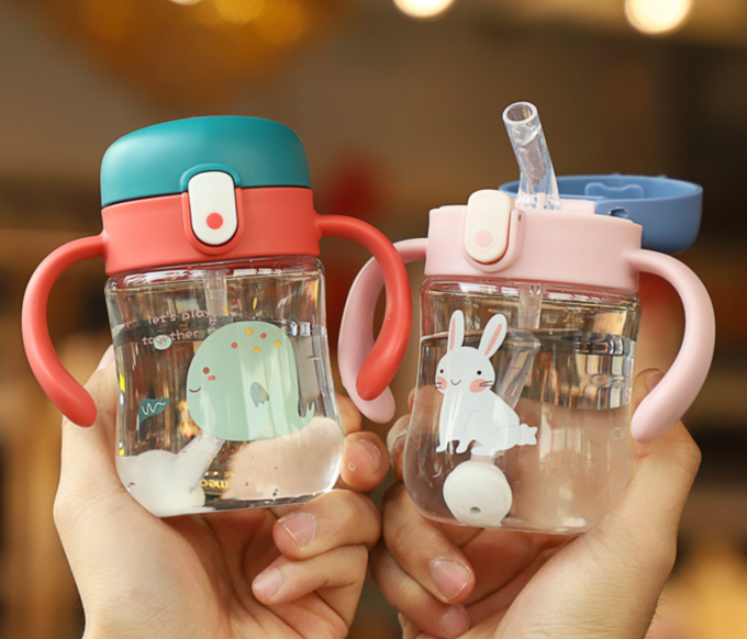 从奶瓶到水杯,宝宝和爸妈有多少难关要过?这些好物不可错过
