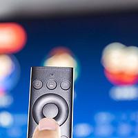 300元就能改造顶级智能电视,保5年流畅,体验腾讯极光盒子2s