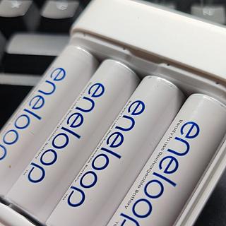 紫米(ZIM)氢镍电池充电器PB401开箱:兼容5号7号,爱乐普的性价比智能冲