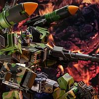TFCTOYS核弹型最高战术指挥官 感受「东风导弹版」的威武霸气!
