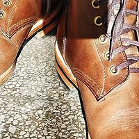 鞋靴皮革挑花眼怎么选?一个初阶玩家鞋靴常用皮革的横向小测评