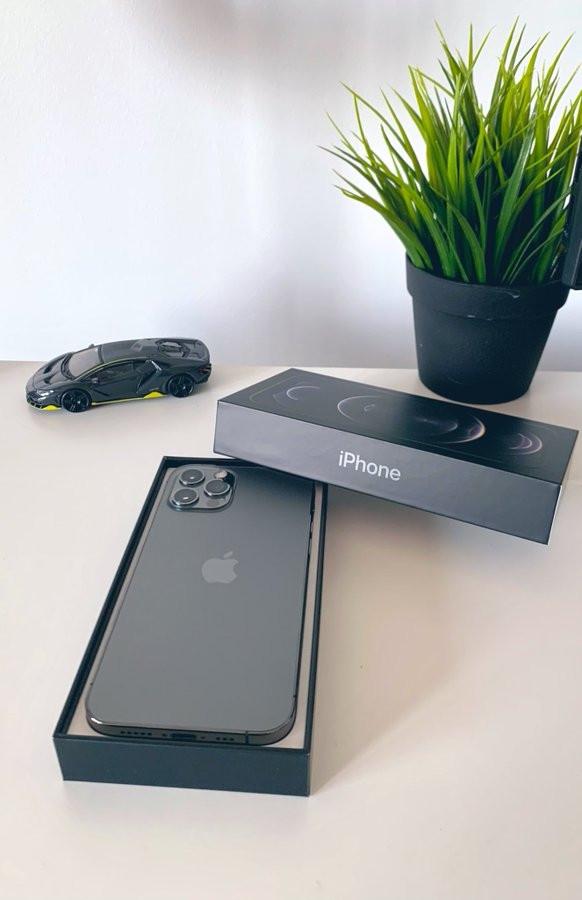 屏幕偏暖、不锈钢中框成指纹收集器:iPhone 12 Pro 首批用户评价出炉