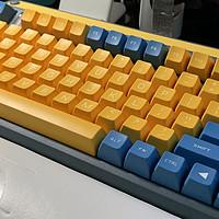 IQUNIX A80是你想要的键盘吗?复古造型,热插拔,三模,长续航,樱桃轴,多彩键帽……