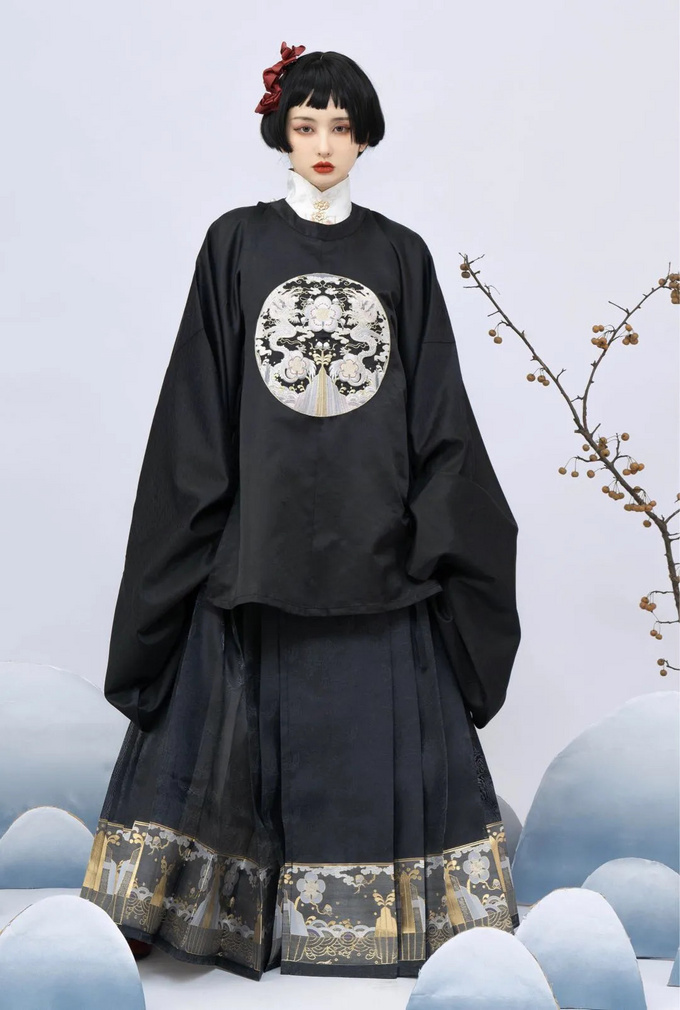 看形制 | 汉服-马面裙,100多元好好看,200多元更好看......