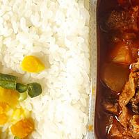 生米煮成熟飯的15分鐘里沒加水?還是順利吃到了香噴噴的米飯——開小灶自熱飯咪道哪能?