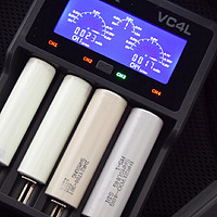 好物推荐 篇二:百元左右性价比之王-- XTAR VC4L 智能锂电池充电器