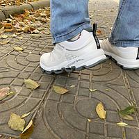 追隨戶外大佬的腳步,我也入手了諾詩蘭徒步鞋,竟然同想象的不同