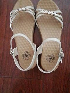 骆驼女鞋很舒服