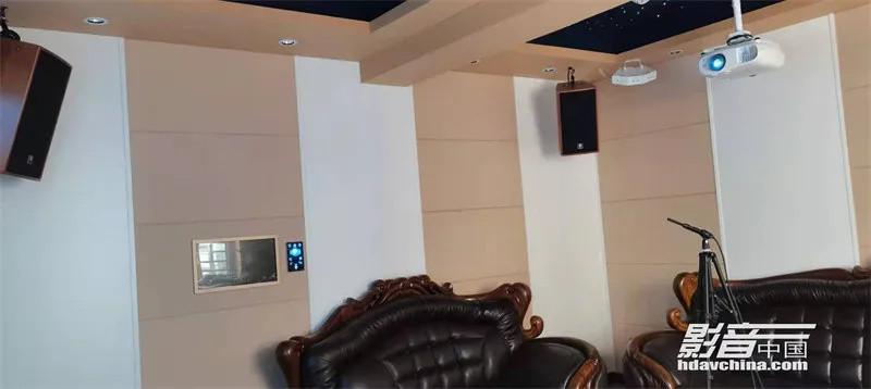 【家庭影院方案】广东河源之Dolby Atmos私人影院:正方形体型房间如何兼顾KTV专业效果