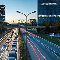 车载导航 篇一:旧汽车更换导航再战十年-来自穷苦通勤人的自白