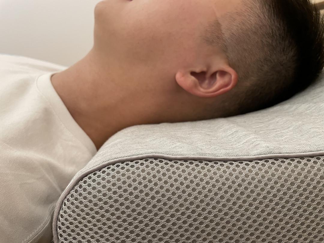 亲测网红蜂巢释压枕,QQ弹弹还能拉,解锁睡眠新境界~
