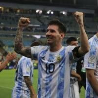 阿根廷夺冠,梅西终于圆梦!梅西日常穿搭风格快学起来,百搭耐看