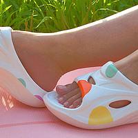 夏日减肥穿什么鞋?缓解疲劳出街利器,咕咚运动舒缓拖鞋体验