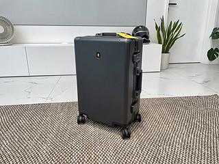 方正刚硬直男之选:地平线power行李箱