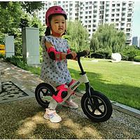 运动启蒙黄金期,如何挑选适合孩子的平衡车