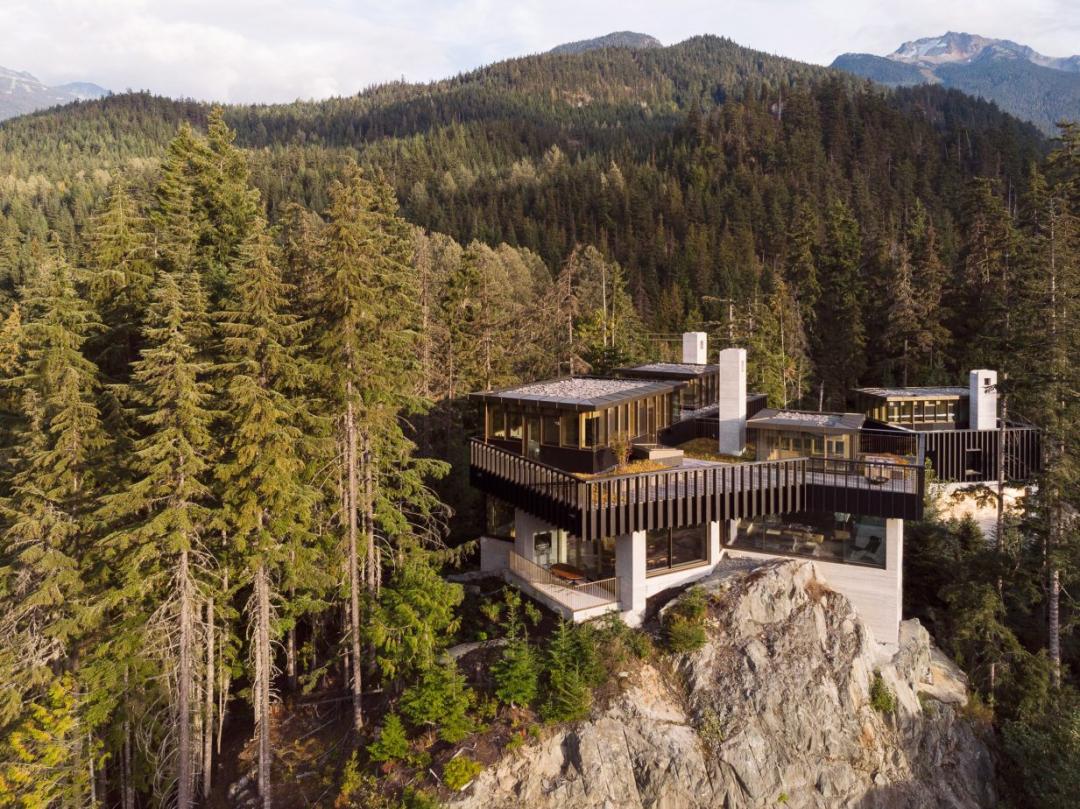 在山上,该建怎样的房子?