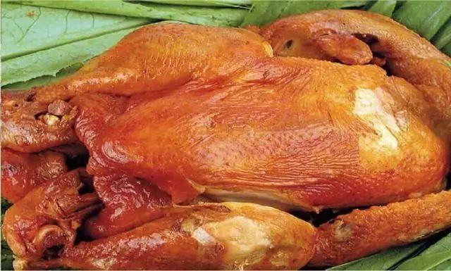 真香:一只鸡在葱省的18次出炉——我鲁各地知名烧鸡合集