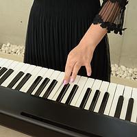 买传统钢琴前的过度,适合钢琴新手的入门级智能电子琴