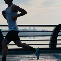 """""""草根""""跑者的进阶之路,从跑步小白进阶真正的跑者,该如何正确入门?"""