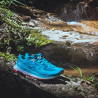 我今年最期待的越野跑鞋,没有之一——Salomon Ultra Glide长距离越野跑鞋