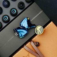 九段的音响架 篇八十九:千元价位最值得推荐的入耳式圈铁耳机:ikko OH1S
