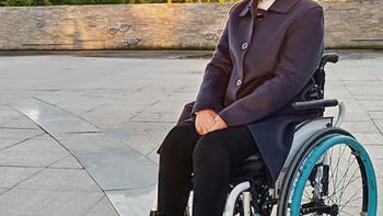 轮椅上的穿搭 篇九:秋季焕新,来自中国最大双面呢交易市场的毛呢大衣